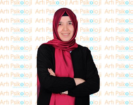 Zeynep Özbay